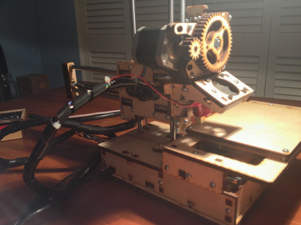 The fully assembled Printrbot Jr.