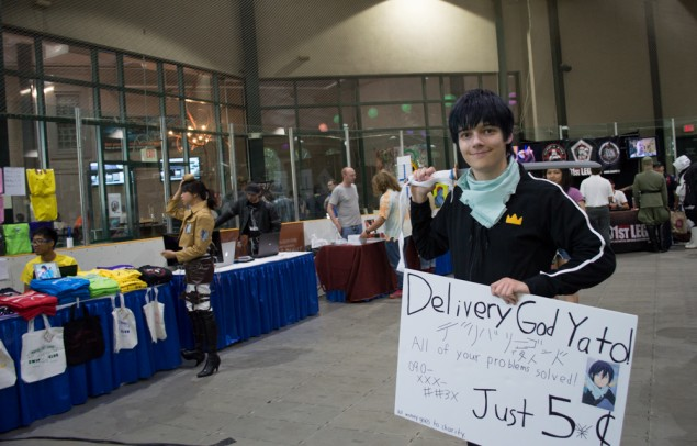 Delivery God Yato, from Noragami (also bonus 3D Maneuvering Suit cosplay from Attack on Titan to the left)